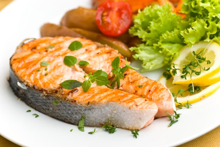 Best diet foods for high cholesterol slideshow for Cholesterol in fish
