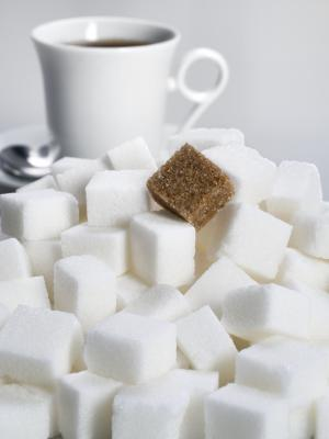 Coffee and sugar cubes