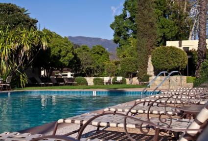 Pool at The Oaks at Ojai Spa