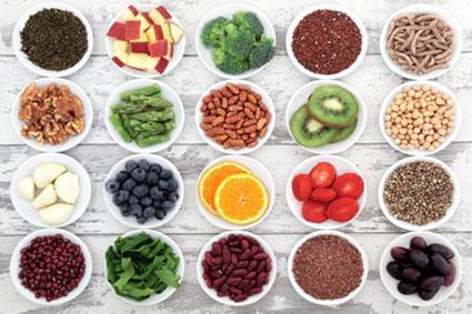 Bowls of fiber foods