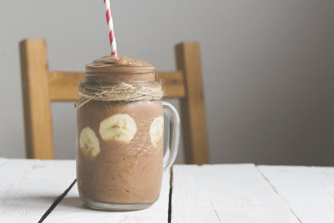 chcolate smoothie with banana