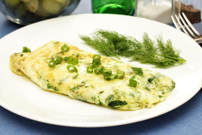 egg white omelette with spinach and green onions