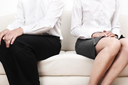 dating someone getting divorced Even if you're convinced she's making a mistake (by dating someone who is totally inappropriate, for example), she's not going to listen to you, anyway, says lancer.