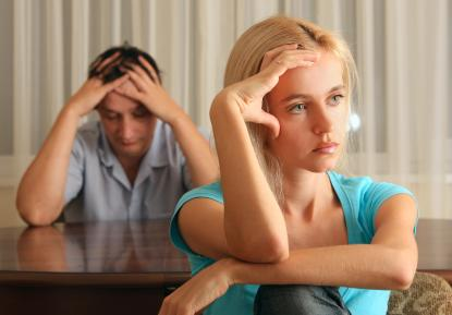 7 Reasons Why Dating During Divorce is a Bad Idea