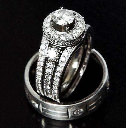 Unique His and Hers Wedding Ring Band Photos [Slideshow]