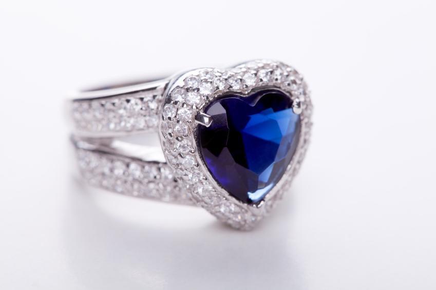 Unique Engagement Ring [Slideshow]