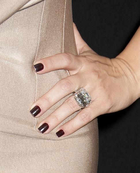 Kardashian Bands: Celebrity Engagement Ring Pictures [Slideshow]