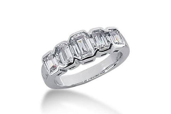 graduated emerald cut wedding band - Emerald Cut Wedding Ring