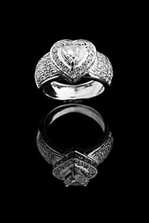 Heart shaped Art Deco Engagement Rings