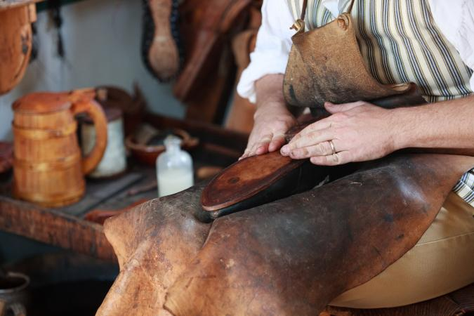 colonial shoemaker