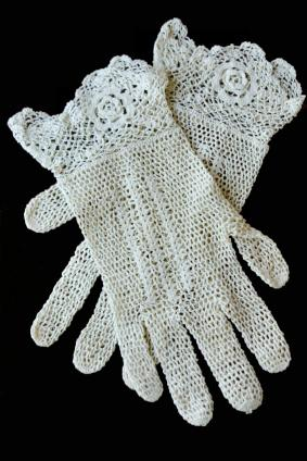 vintage crocheted gloves