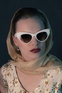 50's style sunglasses