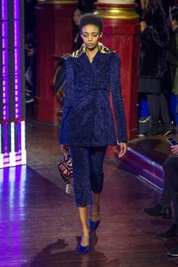 �fashionwirepress.com
