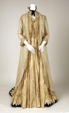 loose tea gown