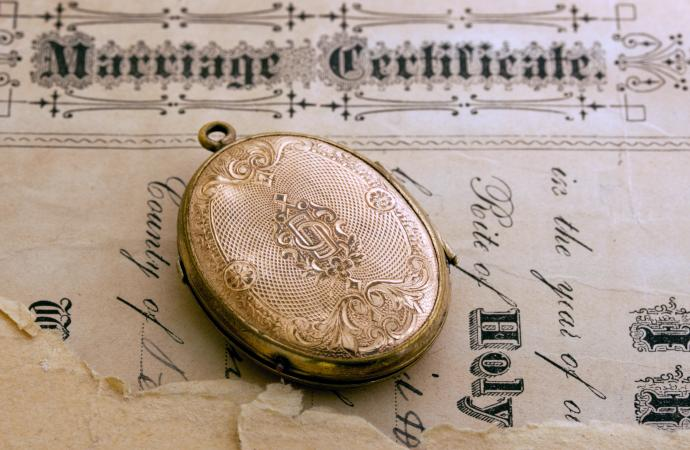 Victorian mourning locket