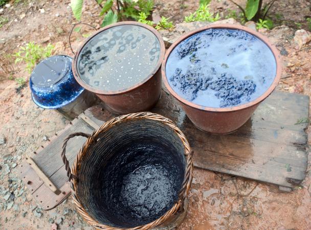 Indigo pots