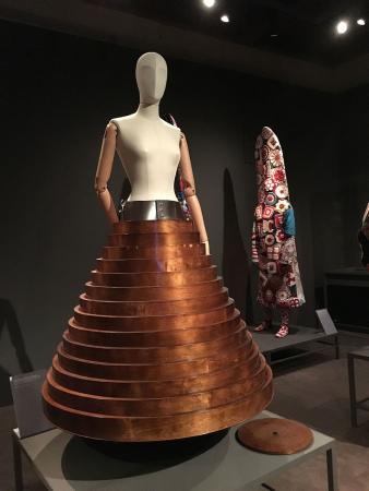 Coffee table skirt, Hussein Chalayan, 2000