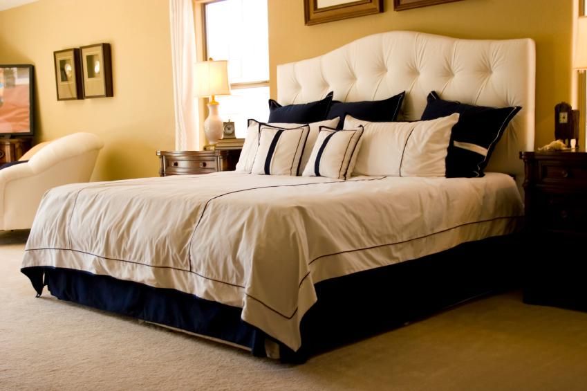 Boutique style bedroomFeng Shui Bedroom Examples. Feng Shui Master Bedroom. Home Design Ideas