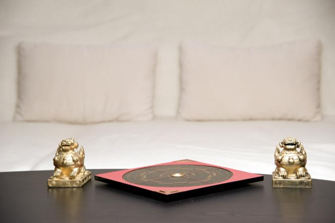 Feng shui bedroom and compass