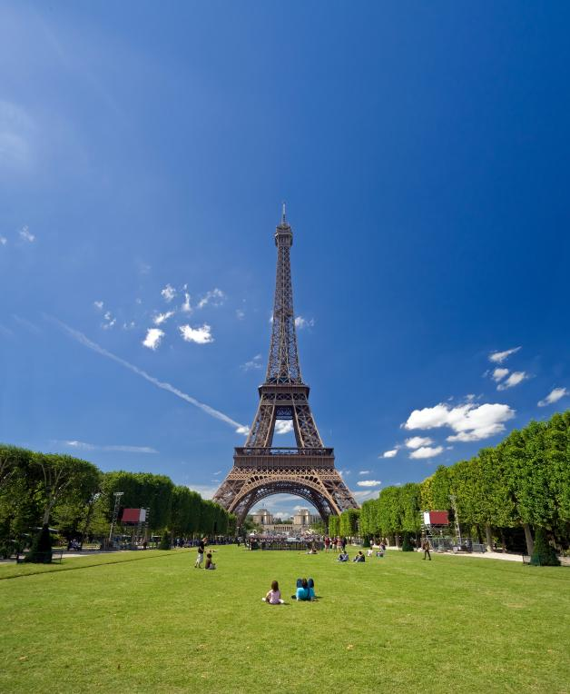 Pictures of the eiffel tower slideshow