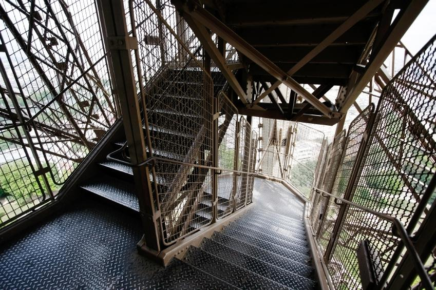 Eiffel Tower Stairs : Pictures of the eiffel tower slideshow