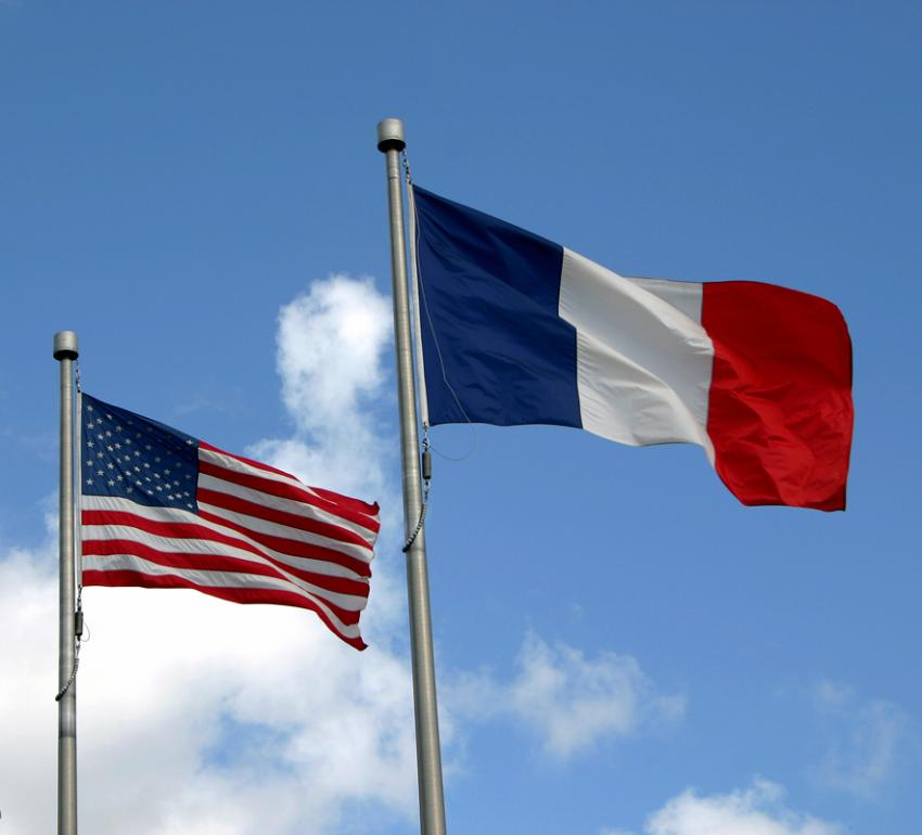 a comparison of the social differences between france and the united states of america Free term papers & essays - the differences in culture a comparison of the united states and china, sociology.