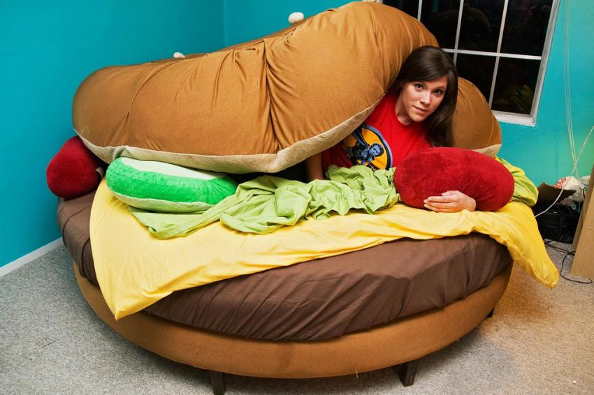 Pictures of cool beds slideshow for Cama hamburguesa