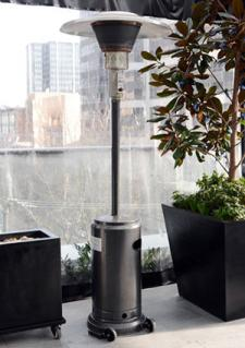 Free-standing patio heater