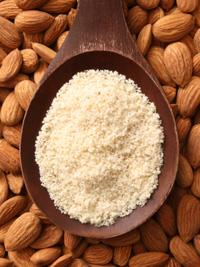 Almond flour with almonds