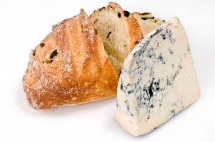 Gorgonzola blue and olive bread
