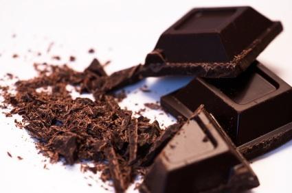Chocolate bar and shavings