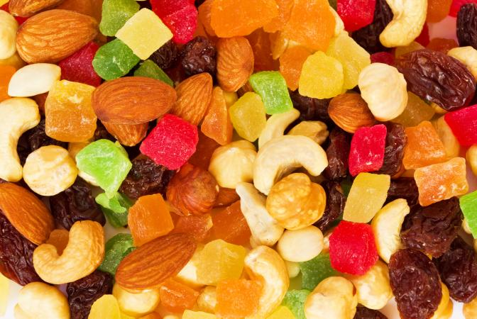 Dried tropical fruits and nuts