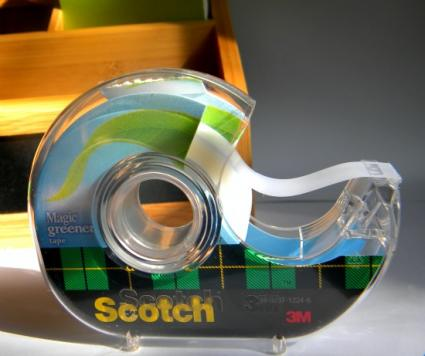 142000-425x356-scotch-magic-greener-tape