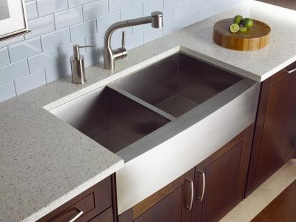 guide to recycled glass countertops