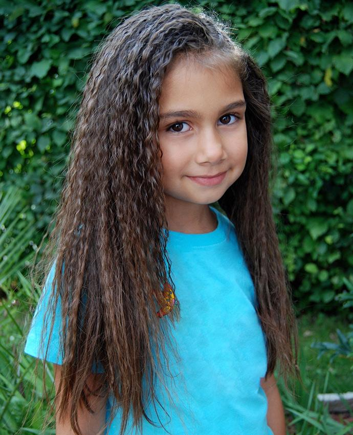 Crimped hair styles lovetoknow little girl with crimped hair urmus Images