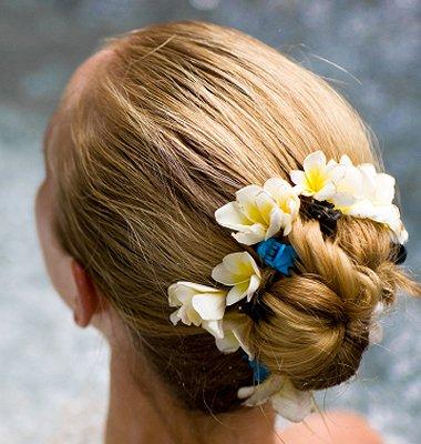 Different Types of Hair Buns [Slideshow]