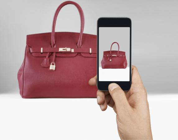 taking picture of purse