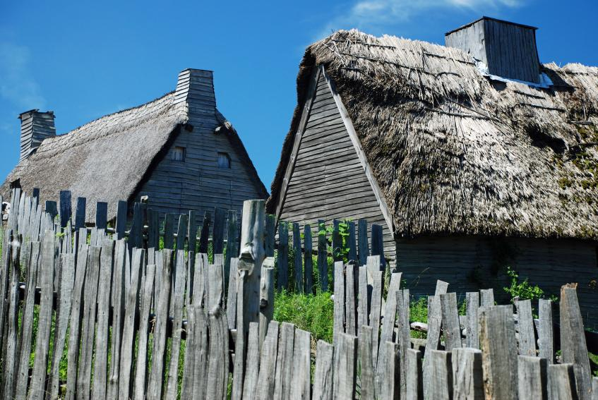 plymouth plantation The colony founded by the pilgrims that formed plymouth colony or plymouth plantation was one of the first permanent english settlements.