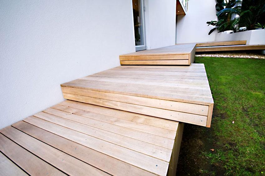 Wooden Landing Style Deck Steps