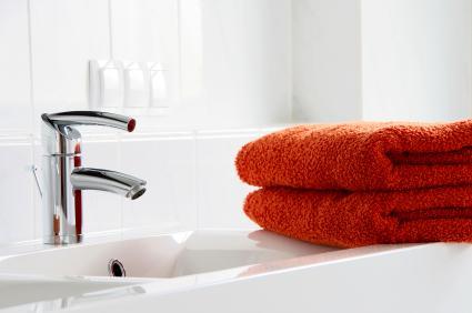 sleek sink faucet