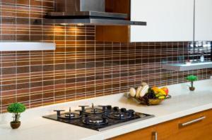 layered tile backsplash