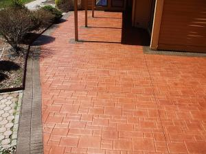 Brick pattern stamped concrete