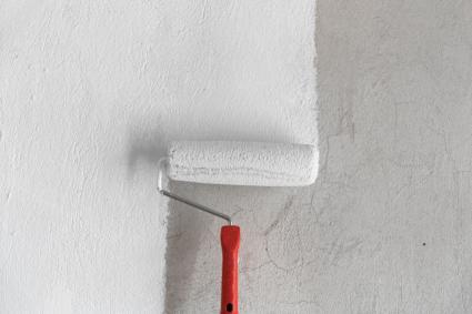 white primer on roller
