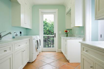 choosing a laundry room sink
