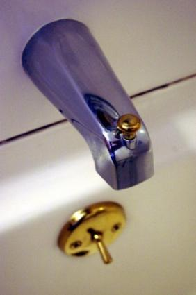 How to Fix a leaky bathtub faucet « Plumbing  Electric