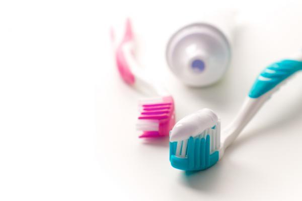 Как можно использовать зубную пасту не по назначению