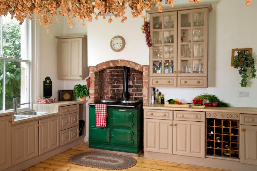 Colonial kitchen pictures slideshow for Old country style kitchen ideas