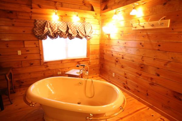 Log Cabin Cabinets