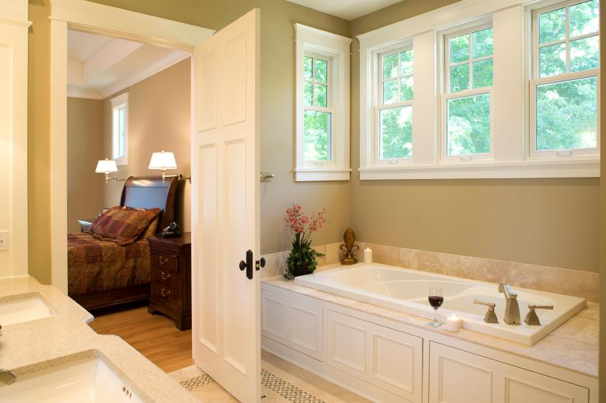 Pictures of master bedroom and bathroom designs slideshow for Small bedroom with bathroom design