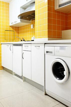 Space saving ideas for small kitchens - Space saving appliances small kitchens minimalist ...